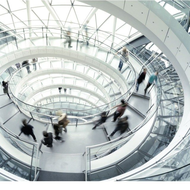 View of the oval glass staircase: LBBW is in close contact with international banks and SSAs