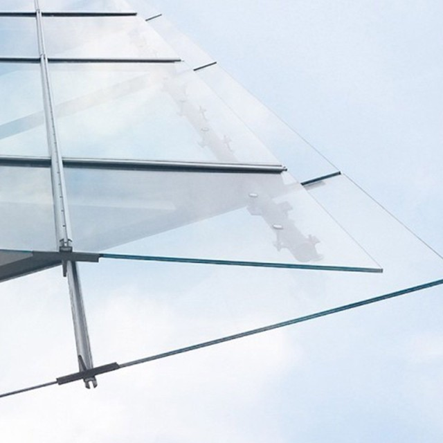Looking up at glass facade: LBBW is strong in commercial real estate financing